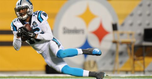 Philly Brown novato de Ohio State hace una atrapada de 53 yardas para un touchdown. www.panthers.mx
