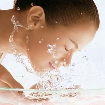 If you want to get perfect look without undergoing any cosmetic surgery then you should think about Australian skin care products. These products are results of tremendous success of medical science. If you want to get rid of all skin related problems then these products will be very helpful for you.