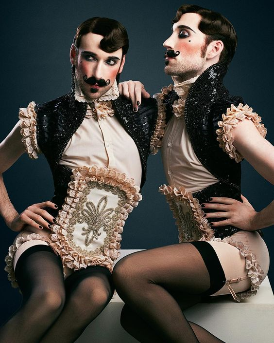 """""""The Beau Belle Brothers by Thomas Loevring pt. 2  Hair & makeup by @mybeautyspace Costumes by @deathbirds  #thebeaubellebrothers #boylesque #burlesque…"""""""