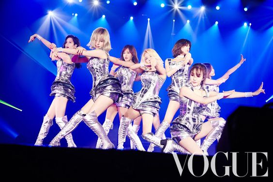 Check out Vogue's hot pictures from SNSD's previous PHANTASIA concerts ~ Wonderful Generation