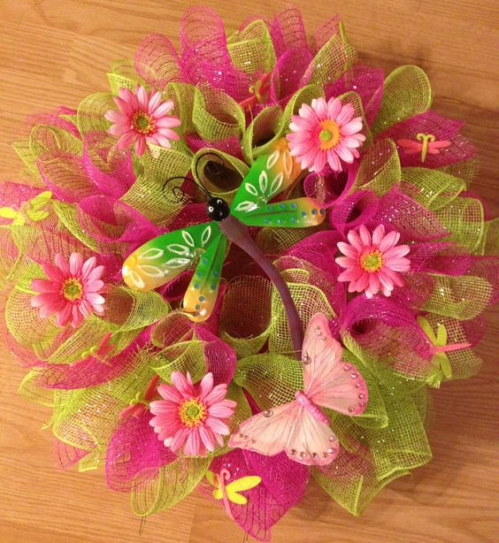 The dragonfly wreath with these colors seems to be very popular. This one is not for sale ~ custom ordered and made today!