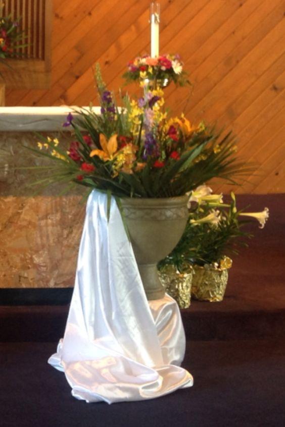 Easter sunday decor through the catholic liturgical for 15 aug decoration