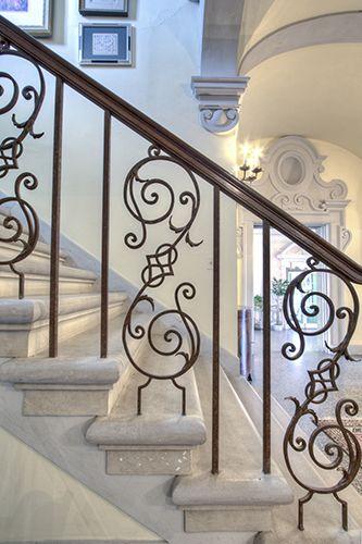 Hierro forjado escalera escaleras pinterest for Escaleras hierro forjado
