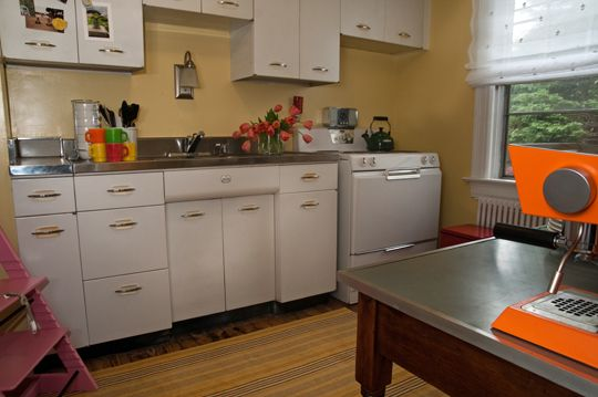 Emily & Andy\'s Vintage Cottage | Kitchen ReDo | Metal ...