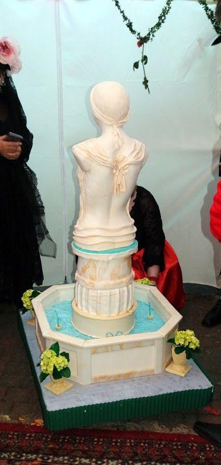 3D fountain cake kunst torte Statue woman girls fondant cake  Frau aus Zucker