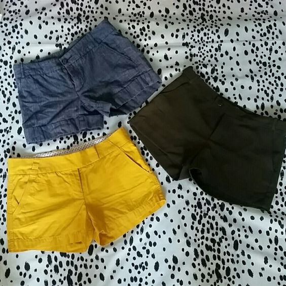 Bundle- 3 Shorts, J. CREW, Express and BR 3 Summer shorts:  1st- Amy green Banana Republic shorts with side and back pockets in size 6 but fits more like a 2/4 in polyester, machine wash cold. Loved these shorts when they fit- light weight and didn't ride up.  2nd- Mustard yellow J.Crew classic Twill chino.in size 4 with side and back pockets and double clasps at waist.  3rd- Denim/dyed linen shorts from Express with cuff and front button with side and back pockets in size 4.   Too small for…