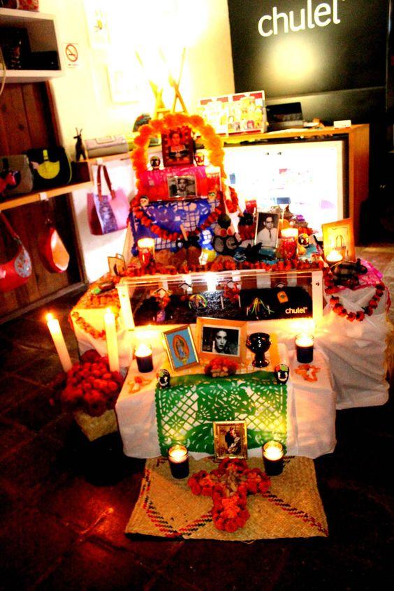 Día de muertos #ofrenda #valledebravo #colore #México #tradición #altar