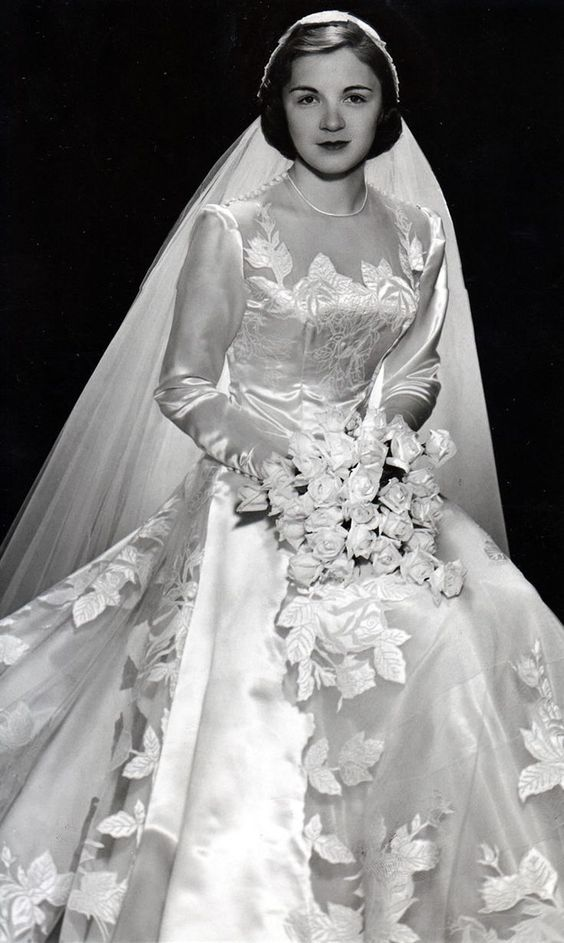 1951 bride I absolutely love the 1950s for fashion....even the brides!: