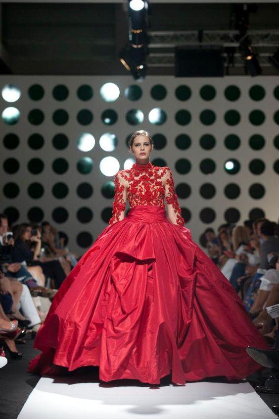 Marchesa Sumptuous gown!