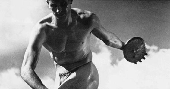 """""""Les Dieux du stade"""" de Leni Riefenstahl, programmé le dimanche 22/05 à 16h30. Reprogrammé le jeudi 26/05 à 16h30. http://www.forumdesimages.fr/les-programmes/annee-36/les-dieux-du-stade"""
