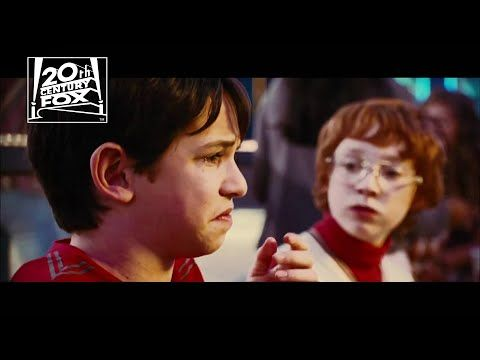 93 Diary Of A Wimpy Kid Rodrick Rules Who Wants Pizza Fox Family Entertainment Youtube Wimpy Kid Family Entertainment Wimpy