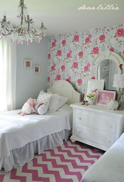 Best Rose Print Wallpaper Pink And White Bedroom Bedroom 400 x 300