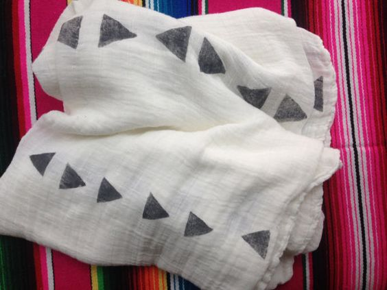 Bamboo Muslin Swaddle Blanket / Baby Blanket  / Triangle Stamp / Geometric / Unisex Baby