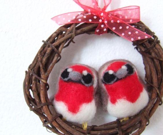 Mini Robin Wreath Christmas Decoration Robin Pair - feltmeupdesigns - Tree Ornaments: Fabric - Christmas Time - DaWanda