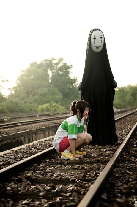 Spirited Away (千と千尋の神隠し)  i love this movie.i used to watch it all the time when i was little but u never remember it when i describe it to u