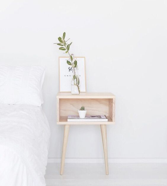 i like how elegant the side table looks. i also like how there is no draw and it has an open storage place. i like the colour of the table.