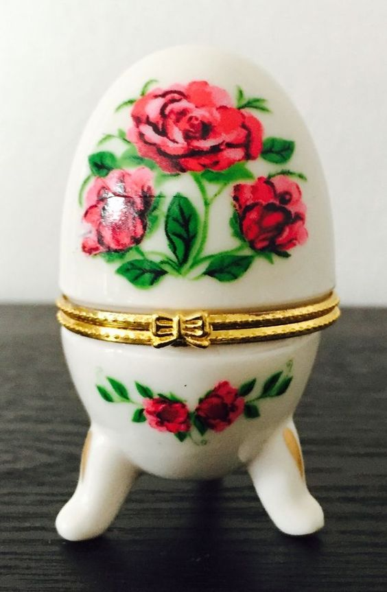 Egg Shaped Footed Porcelain Hinged Red Rose TRINKET BOX ring box
