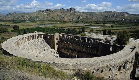 _FilePane-1280px-Aspendos_Amphitheatre