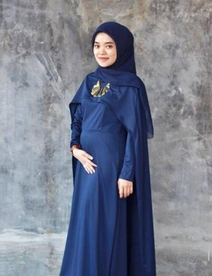 Model Baju Pesta Untuk Ibu Menyusui