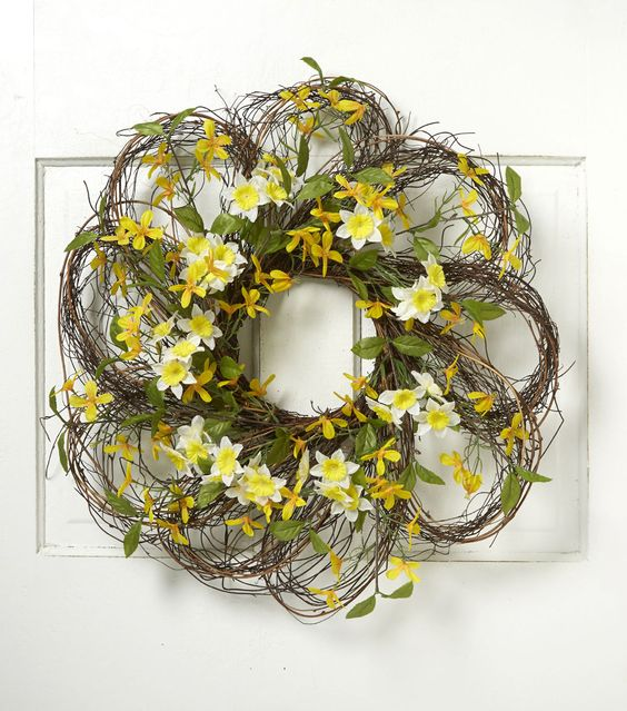 Blooming Spring 24'' Daffodil & Forsythia Twig Wreath: