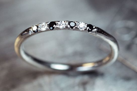 How sparkly life would be with this stackable ring. #refinery29 http://www.refinery29.com/etsy-wedding-bands#slide-17