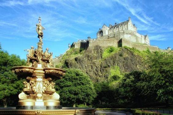 Stay overnight in a haunted castle in Edinburgh, Scotland