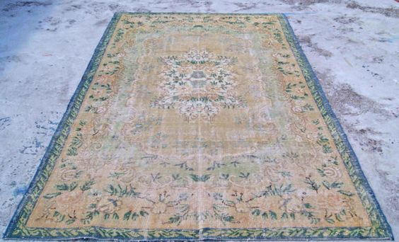 Handwoven in 1940s. Woven in Western Anatolia.   SIZE: 61 x 102 (185 cm x 312 cm)  Fully restored, cleaned, and ready to use!  Although each