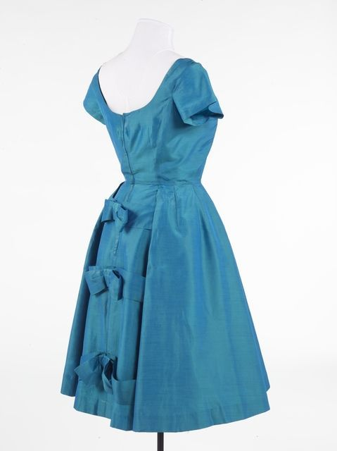 Dress by Polly Peck, 1957. Collection of Te Papa.