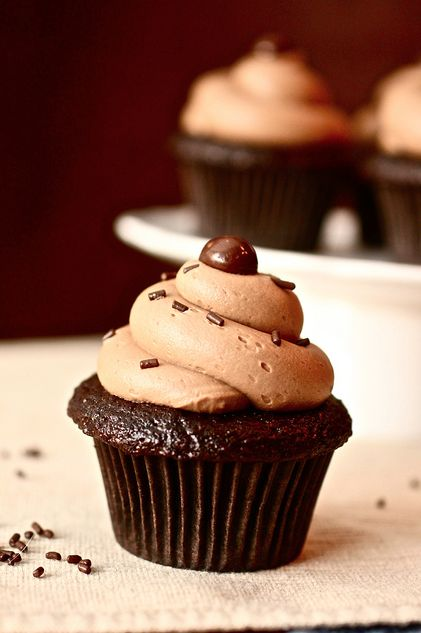 Craving something sweet? These Cafe Mocha Cupcakes are the perfect treat! #MrCoffee