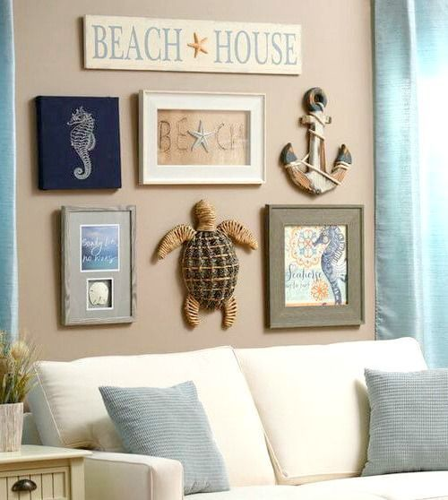 Coastal Beach Cottage Wall Decoration Ideas Www Completely Co Fun Rustic Beachy Goruntuler Ile Yazlik Ev Dekorasyonu Plaj Yazlik Tarzi Oturma Odasi Dekorasyonu