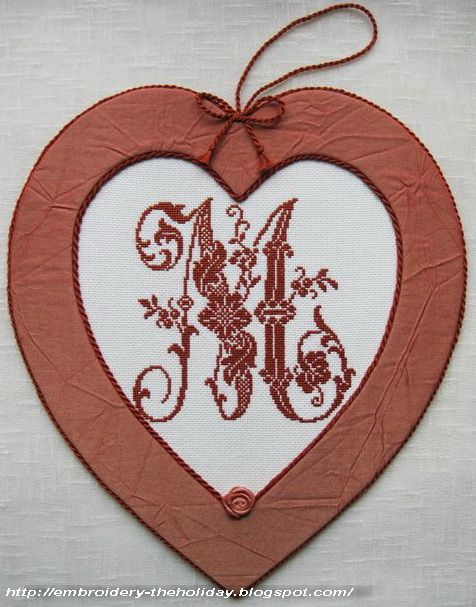 """Embroidery ... The holiday, which is always with me...: Pinkeep Monogram """"M"""" / Veronique Maillard """"Les belles lettres d'Alexandre"""""""