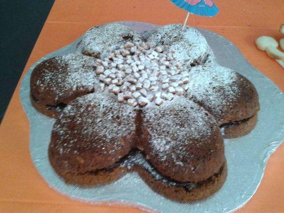Bolo de Cenoura e Nozes com recheio de Ganache de Chocolate