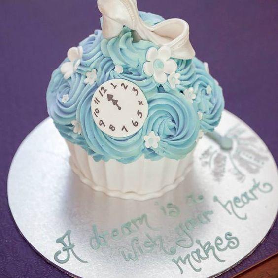 Darling Princess Cinderella themed birthday party via Kara's Party Ideas