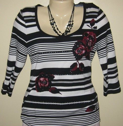 Very Cute Black House White Market Striped Knit Top w/ Floral Detail Sz Small $12.50