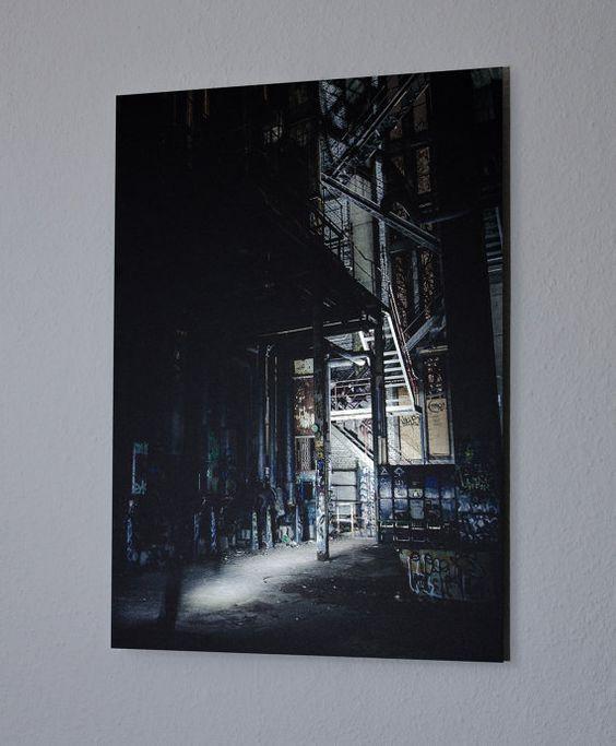 Verlassenes Industrie-Gebäude  direkt auf Aluminium von mdesi9nshop