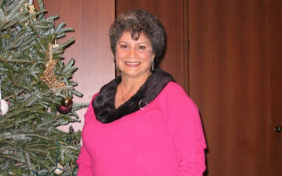 Twenty-five years ago, Myriam Correa-Sherman received a donor's heart at Miami's…