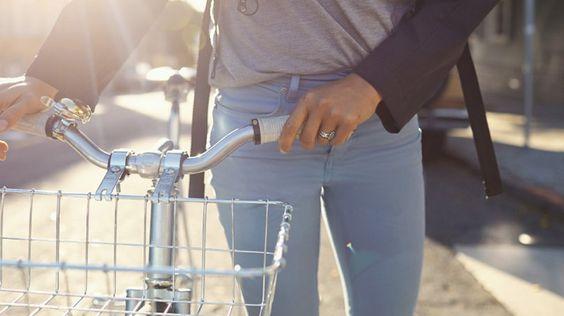 Ohne diese Jeans wollen wir nie wieder Fahrradfahren!
