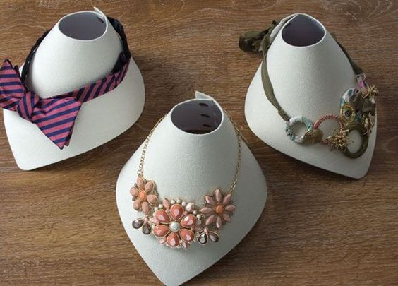 Jewelry displays great idea for art fairs and craft shows could make this by folding cardstick
