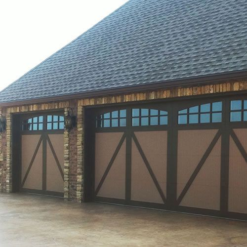 Clopay painted steel carriage style garage doors design for Clopay steel garage doors