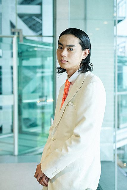 ビシッとまとめた菅田将暉の最新画像