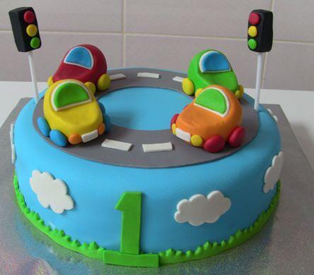 Boutique Cake 1 Jahr Kuchen Mit Trolley Fondant Cakes Butik Pastalar Boutique Butik Cake Ca Fondant Cakes Birthday Cake Kids First Birthday Cakes