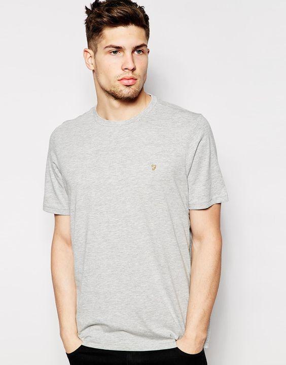 T-Shirt von Farah weiches Jersey Rundhalsausschnitt Logostickerei reguläre Passform - entspricht den Größenangaben Maschinenwäsche 65% Baumwolle, 35% Polyester Unser Model trägt Größe M und ist 185,5 cm/6 Fuß, 1 Zoll groß