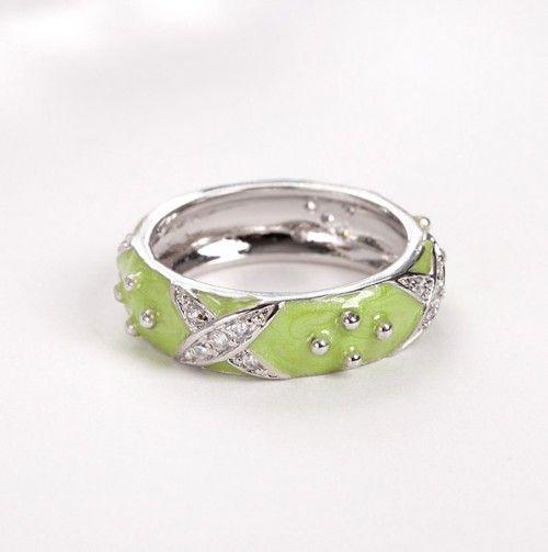Ladies Studded Ring