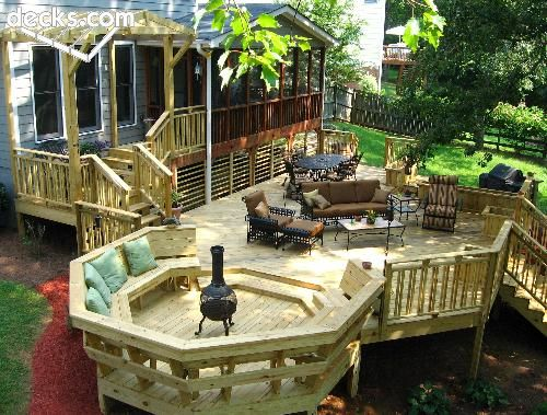 Love the built inseating with back rest and would love for Neat deck ideas