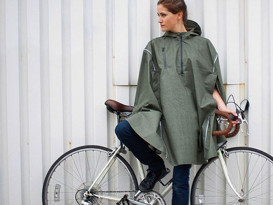 These rain ponchos, discovered by The Grommet, are designed for city living, cycling, and commuting. Innovative features in this cape will keep you dry.