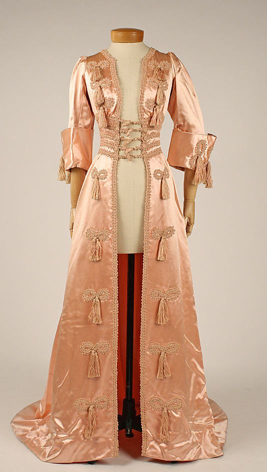 Pink satin negligée, French, ca. 1908.  www.metmuseum.org