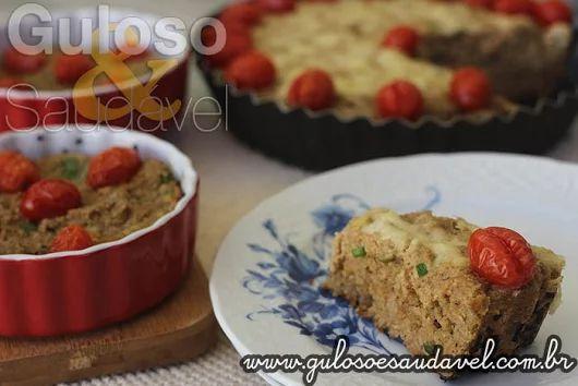 #BomDia! Quer preparar um #almoço de domingo leve, fácil e saudável?  A dica é esta delicia de Quiche de Peixe com Aveia!    #Receita aqui: http://www.gulosoesaudavel.com.br/2016/07/16/quiche-peixe-aveia/