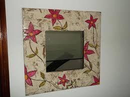 Espejos con marcos decorados buscar con google marcos for Marcos decorados para espejos