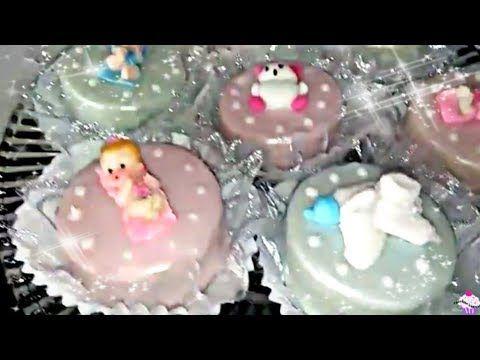 How To Make A Gumpaste Baby Topper With Baby Mold كيفية عمل الأطفال الرضع بقالب السيليكون Youtube Desserts Food Clay