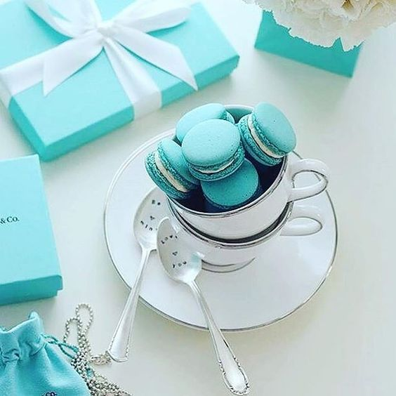 Happy Friday!  We want to start the weekend with 2 of our faves - anything in that Tiffany Blue box and Macarons.  (We actually love the silver tea set and spoons too). Regram @vogue_army